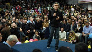 Auditorio. Mauricio Macri hizo campaña ayer en Gualeguaychú