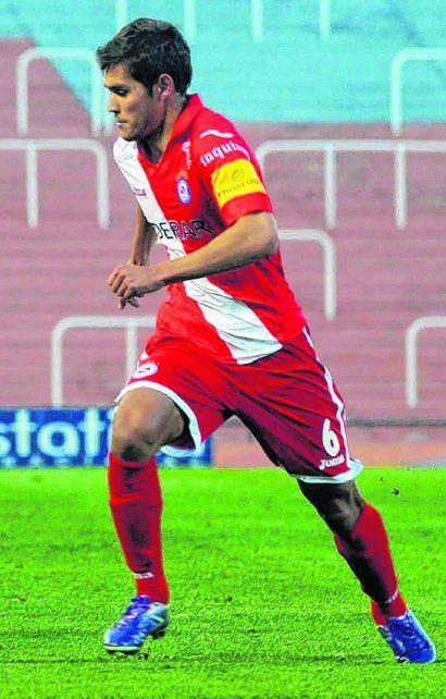 A las corridas. Freire viene de lograr el ascenso a primera con Argentinos Juniors.