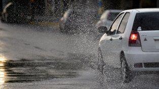 Alerta a corto plazo por tormentas fuertes con ráfagas para Rosario y la región