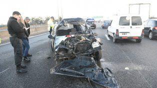El conductor del Renault Clío sufrió heridas de consideración.