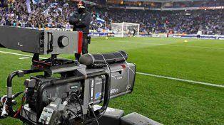 La AFA aprobó el contrato con las cadenas FOX y Turner para la transmisión de los partidos