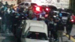 se suspendio el partido de racing por copa argentina por un tiroteo entre barras