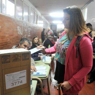 como sera la boleta unica para elegir entre las 43 listas de precandidatos a concejales rosarinos