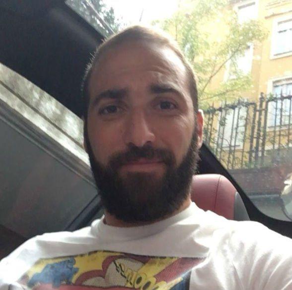 Gonzalo Higuaín posteó un video en Instagran y le llovieron las cargadas de sus compañeros de la selección.