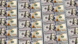 El dólar mayorista cerró a 17
