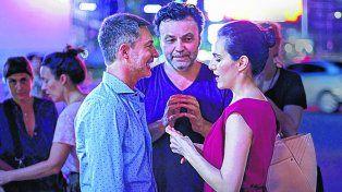 Tres piezas esenciales. AdriánSuar, el director y guionista Marcos Carnevale y Julieta Díaz, tras una escena.