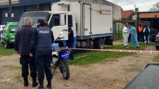 Hallaron a una mujer de 80 años y a su hija de 40 degolladas y mutiladas en su casa