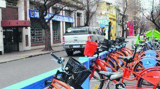 nueva. La estación de bicis públicas ubicada frente al gimnasio de la UNR.
