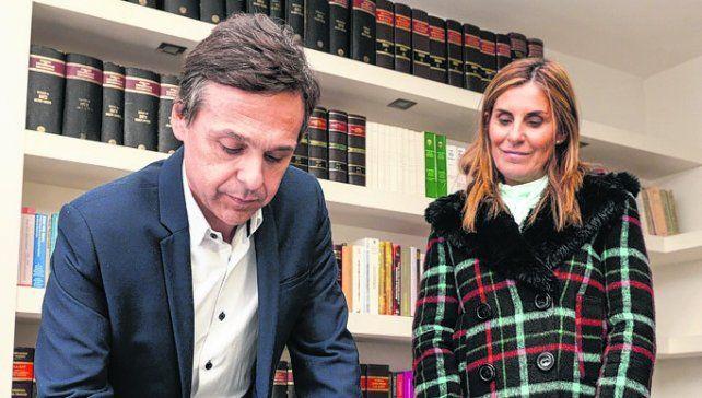 Compromiso. Giuliano y Laura Venesia renunciaron a tener fueros.