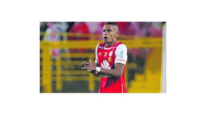 El 3 de julio Cetto viajó a Colombia para cerrar la operación. El 5 se volvió y todos pensaron que estaba cerrado. Al día siguiente Independiente confirmó que Tesillo se quedaba en su club.