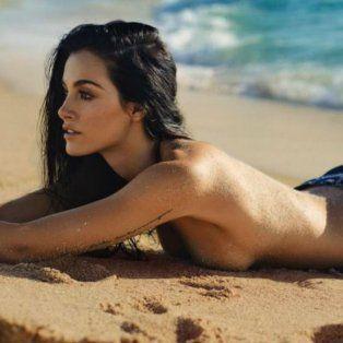 el topless de oriana sabatini sobre la arena levanto la temperatura en instagram