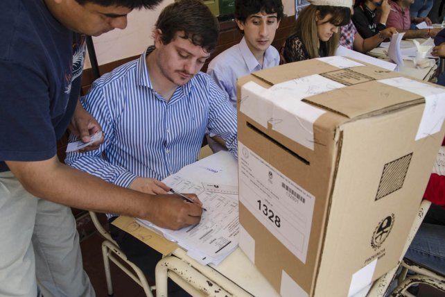 Cómo y dónde pueden votar en las Paso los extranjeros residentes en Rosario