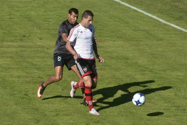 Es fija. Bruno Bianchi volverá a jugar de titular junto a Nehuen Paz.