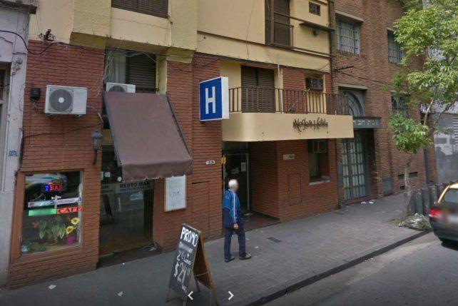 El hotel de calle Mendoza al 1500