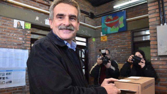 Cuanto más participa la gente, mayor grado de legitimidad tienen los candidatos, dijo Rossi