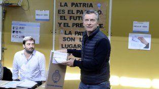Votó Macri y espera que todos los argentinos se expresen en todos lados con alegría