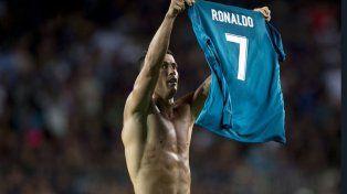 real madrid gano 3 a 1 a barcelona pero cristiano ronaldo festejo de mas y fue expulsado