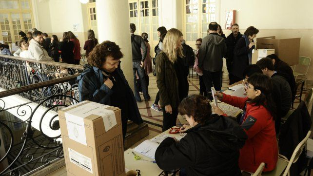 Una estimación extraoficial  le da ganadores a Cambiemos en Rosario y la provincia