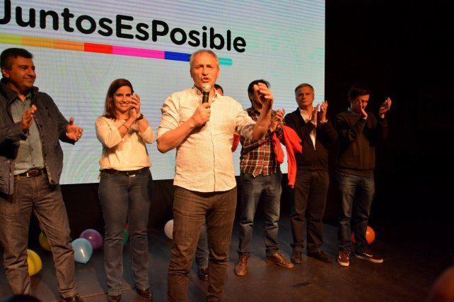 Pitazo final. El ex árbitro Héctor Baldassi fue claro ganador en Córdoba.