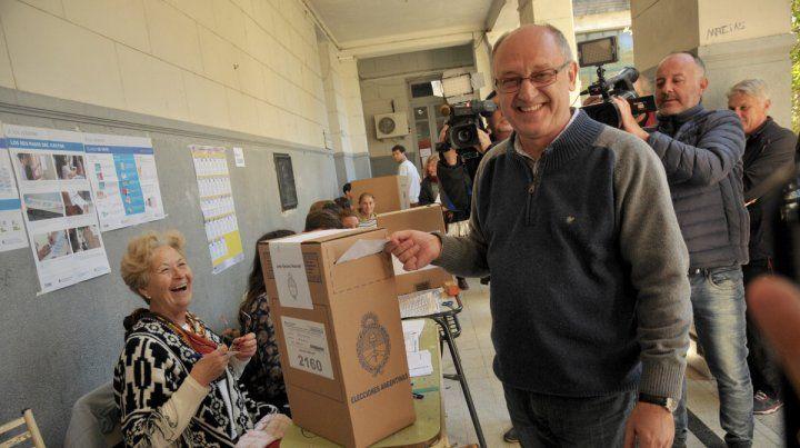 Con el sello oficial. Gran parte del voto a Albor Cantard se centró en el respaldo a la marca Cambiemos.