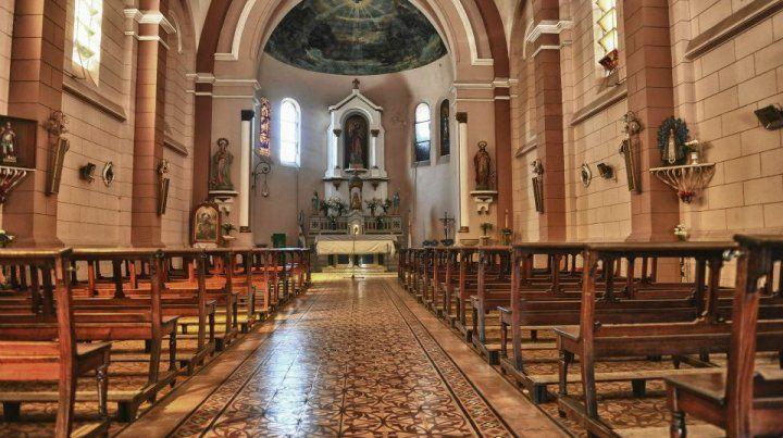 Una banda de delincuentes asaltó una iglesia santafesina mientras se celebraba la misa