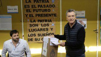 El presidente de la Nación al votar en las Paso, el último domingo.