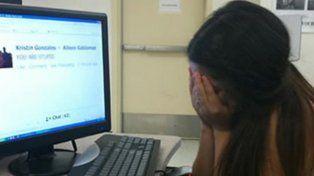 Cibercelito. Una adolescente española de 15 años reveló algunos chats.