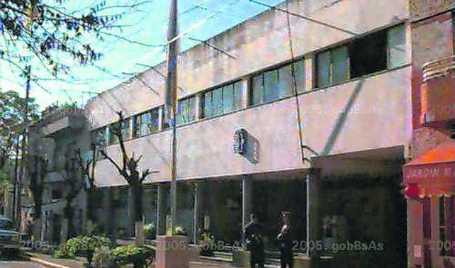 comisaría 40ª. Aquí fueron detenidas las víctimas luego de la agresión.