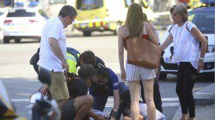 Los autores del atentado en la Rambla de Barcelona están atrincherados en un bar
