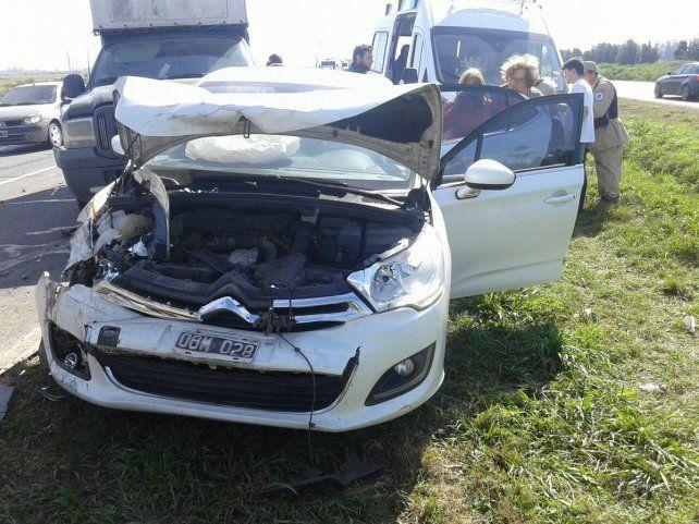 Un camión causó un choque en cadena en la autopista Rosario-Santa Fe