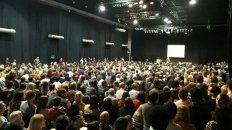 Debate abierto. Funcionarios y militantes analizaron en el salón Metropolitano la dura derrota de las Paso.