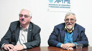 Modelo económico. Eduardo Fernández, presidente de Apyme nacional, y Juan José Sisca, titular de Apyme Rosario.