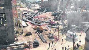 la planta. El accidente se produjo en una obra que realizaba una empresa contratista.