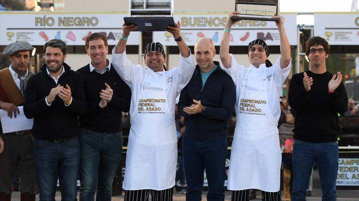 Son de acá.Ramallo Oliva y Herrera se alzaron con el premio mayor en el campeonato que se desarrolló en plena 9 de Julio porteña.