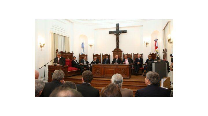 El Estado laico y los símbolos religiosos