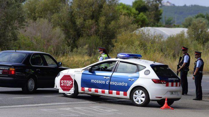 La policía abatió al terrorista señalado como el autor del atentado en Barcelona