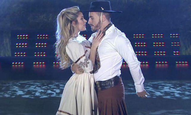Fede Bal se volvió a enamorar de Laurita bailando zamba y con vestuario de un ballet rosarino