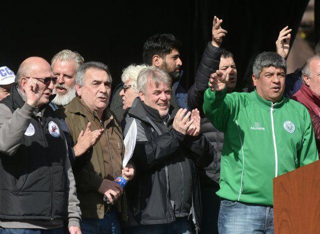 La conducción de la CGT planteó sus demandas en un acto en la Plaza de Mayo.
