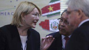 respaldo. La ex fiscal Ortega Díaz charla en Brasilia con el procurador general de Brasil