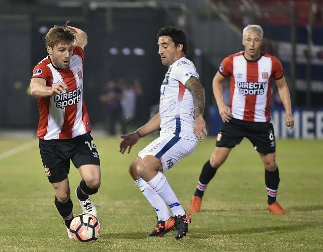 El partido por la Copa Sudamericana se jugó en el estadio Defensores del Chaco de Asunción.
