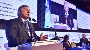 Aranguren dijo que las tarifas de gas y luz podrían aumentar después de las elecciones