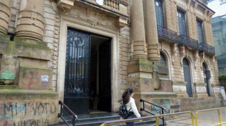 El establecimiento educativo de Balcarce y Córdoba.
