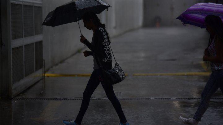 Se renovó el alerta por lluvias y tormentas fuertes para el sur y centro de Santa Fe