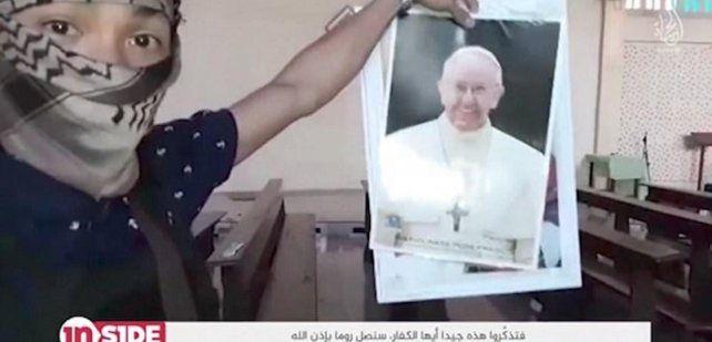 El Isis publicó un video en el que amenaza de manera directa al Papa Francisco