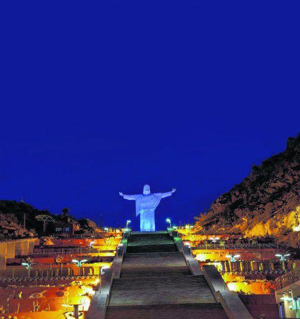 Bajo el amparo de Dios. El Cristo de El Portezuelo es un ícono de Chilecito