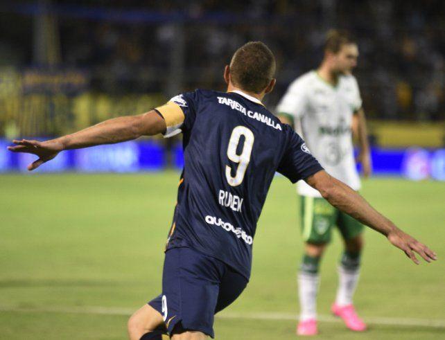 El 9. Marco Ruben mantiene su número emblemático en Central para la Superliga.