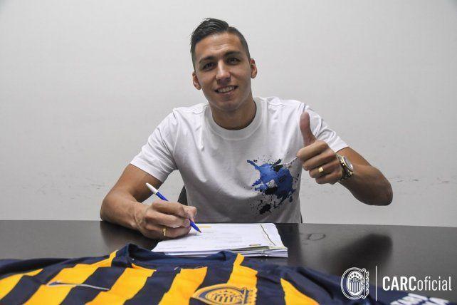 Tobio firmó esta noche el contrato con Central y quedó a disposición de Montero