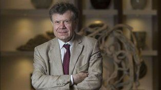 El historiador francés Roger Chartier será distinguido por la UNR con el título de Doctor Honoris Causa