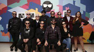 El Centro Argentino de Teatro Ciego incluye una escuela de formación actoral y tiene siete obras en cartel en dos salas. La mitad de sus 80 integrantes tiene algún grado de discapacidad visual.