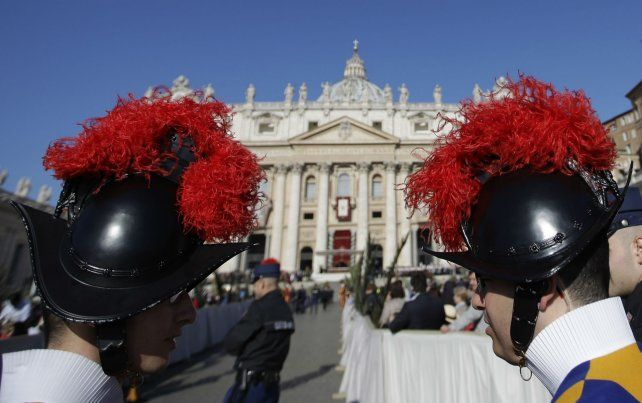Bajo control. No hubo refuerzo de seguridad excepcional en las inmediaciones del Vaticano.
